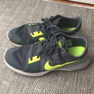 Nike FS Lite Trainer 3 Men's size 10